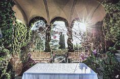 For your wedding dream: http://www.danielatanzi.com http://www.lakecomoweddingphotographer.co.uk/ http://www.balbianellowedding.co.uk/