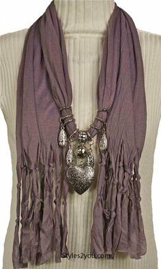 Ladies large heart scarf in mauve at Styles2you.com