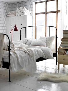 Living Large- Lillesand Wrought Iron Bed From Ikea Cama Industrial, Industrial Bedroom Design, Industrial Style, Industrial Vintage, Home Design, Interior Design, Design Ideas, Design Inspiration, Interior Ideas