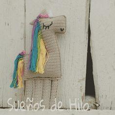 Unicornio de crochet hecho a mano por Sueños de Hilo