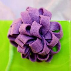 DIY Crafts : DIY Flower hair clips with purple felt