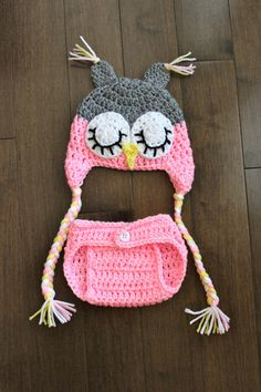 Hoot Hoot ... SLEEPY OWL SET - hat and diaper cover for girl in grey and pink -photography prop- baby shower gift @Kylin Lundvall