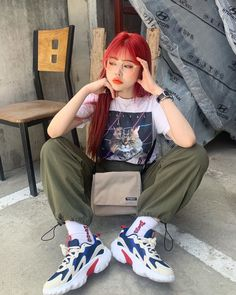 Cute Korean Girl, Asian Girl, Selfies, Icon Collection, Fashion Poses, Comfortable Fashion, Ulzzang Girl, Girl Pictures, Streetwear Fashion