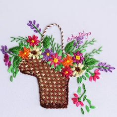 Cesta de Flores con Cintas In this tutorial I show you how to embroider a basket of flowers with ribbons. Diy Embroidery Patterns, Hand Embroidery Videos, Embroidery Stitches Tutorial, Embroidery Flowers Pattern, Creative Embroidery, Silk Ribbon Embroidery, Embroidery Ideas, Ribbon Art, Ribbon Crafts