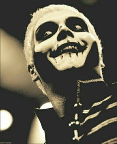 Gerard way in black parade makeup: