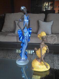Figuras de africanas pintadas artesanalmente