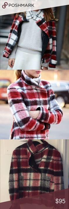 Zara Plaid Checkered Coat Size Medium Zara Plaid Checkered Coat Size Medium. Practically new, worn once time. Very chic, as seen on streets of New York Fashion Week. Zara Jackets & Coats