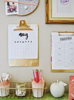 Cute Room Decor, Office Shelving, Office Storage, Desk Redo, Desk Organization, Home Office Desks, Home Office Furniture, Office Decorating Themes, Clipboard Wall
