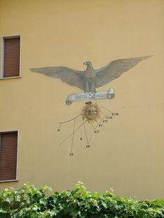 Peschiera del Garda, Italy,   #TuscanyAgriturismoGiratola      lettura dei tarocchi x te