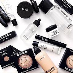 Instagram: @fromluxewithlove / Mac cosmetics Makeup beauty flatlay #beauty #makeup #flatlay #sephora / Pinterest: @fromluxewithlove