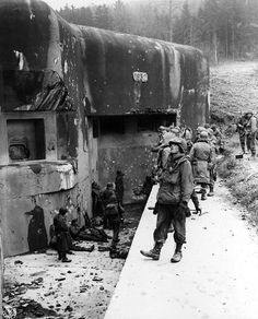 Maginot Line 1944 - US army troops inspect the old French defences that were swept aside by the Germans in 1940.