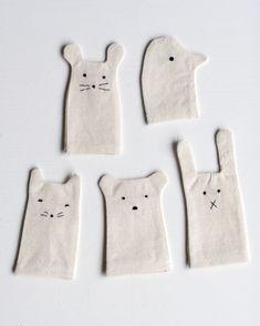 Simple finger puppets - a cute DIY idea 😊 Sewing Toys, Sewing Crafts, Sewing Projects, Craft Projects, Felt Crafts, Crafts For Kids, Easter Crafts, Diy Pour Enfants, Ideias Diy