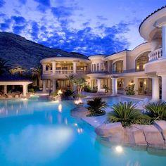 39 Super ideas for house goals mansions luxury pools World Beautiful House, Beautiful Homes, Beautiful Beautiful, Beautiful Places, Luxury Homes Dream Houses, Luxury Homes Interior, Interior Design, Interior Garden, Luxury Decor