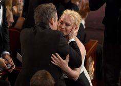 #oscars #2015 LA FELICITACIÓN DE ETHAN HAWKEHawke felicitó cariñosamente a Patricia Arquette por su Oscar