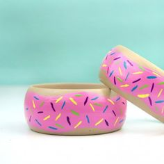 Easy Painted Donut Bangles | Craft Gawker | Bloglovin'