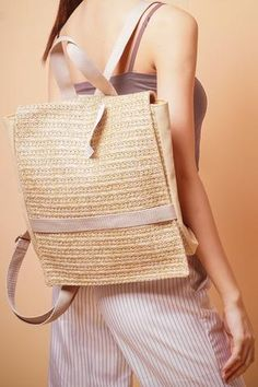 Straw Handbags, How To Make Handbags, Burlap, Reusable Tote Bags, Fabric, Fashion, Tejido, Tela, Hessian Fabric