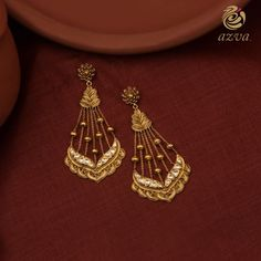 Indian Jewelry Earrings, Jewelry Design Earrings, Gold Earrings Designs, Cute Jewelry, Necklace Designs, Gold Jewelry, Indian Jewelry Sets, Jewlery, Gold Ring Designs