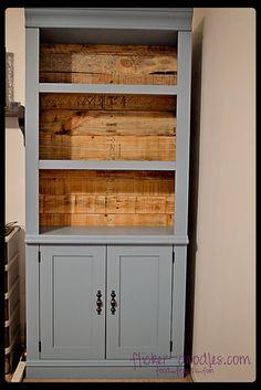 Bookshelf makeover by flicker-doodles, via Flickr
