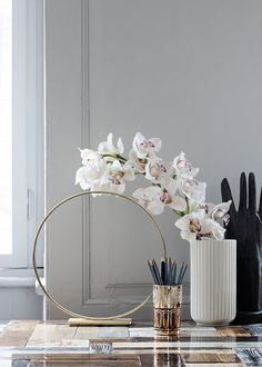 Beautiful decoration with the Lyngby vase in white.