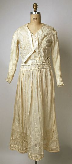 Dress Date: 1912 Culture: Philippine Medium: cotton Dimensions: Length: 49 in. (124.5 cm) Credit Line: Gift of Mrs. Julia K. Shauer, 1937