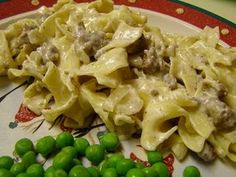 Ground beef stroganoff/easy & kids loved it! Hamburger Stroganoff, Ground Beef Stroganoff, Stroganoff Recipe, Beef Dishes, Pasta Dishes, Food Dishes, Main Dishes, Beef Recipes, Healthy Recipes