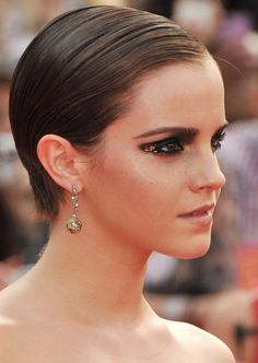 Hairstyles For Short Hair - Slicked Back