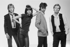 """In Her Own Words: Chrissie Hynde on growing up in Akron, Ohio + Classic Pretenders' """"Brass in Pocket"""" video. Now at Global Texan. Rock Band Photos, Band Pictures, Rock Bands, Jim Kerr, Chrissie Hynde, The Pretenders, Patti Smith, Album Releases, Post Punk"""