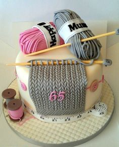Knitted cake.