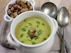 Hrachová polévka Cheeseburger Chowder, Vegetarian Recipes, Food And Drink, Soup, Ethnic Recipes, Vegetarische Rezepte, Soups