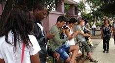 "EE UU ve ""ridículo"" que Cuba tache de acto subversivo la expansión de Internet http://www.14ymedio.com/nacional/EEUU-Cuba-subversivo-expansion-Internet_0_2375162476.html?utm_content=buffera10aa&utm_medium=social&utm_source=pinterest.com&utm_campaign=buffer"