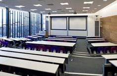 lecture theatre ideas Learning Spaces, Learning Environments, Office Interior Design, Office Interiors, University Essentials, Lecture Theatre, White Boards, School Furniture, School Design
