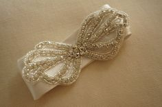 crystal rhinetsone applique loverly bow rhinestone by lacetime