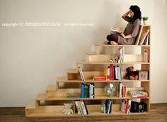 気持ち良さそうな本棚?階段?