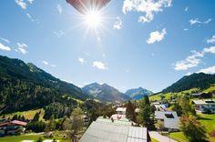 Saftige Wiesen und unberührte Natur im Kleinwalsertal - glam mom's #reisen #wellness #berge #kleinwalsertal