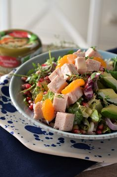 winter salad with chicken Chicken Salad, Cobb Salad, Salad Recipes, Potato Salad, Food And Drink, Potatoes, Ethnic Recipes, Salads, Lettuce Recipes