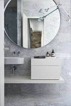 bathroom mirrow interior design by Genesin Studio