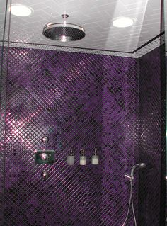 Purple unites red and blue color in itself. Purple color in interior design is rather an unconventional choice. Purple Bathrooms, Purple Rooms, Dream Bathrooms, Beautiful Bathrooms, Small Bathrooms, Purple Love, All Things Purple, Shades Of Purple, Purple Stuff