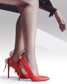 Nicholas Kirkwood LEATHER ORIGAMI BOW PUMP | Buy ➜ http://shoespost.com/nicholas-kirkwood-leather-origami-bow-pump-2/