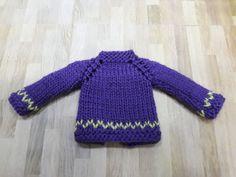 los tejo a mano, con todo mi amor y con buena calidad de lana, ideales para blythe, licca y muñecas de tamaño similar.