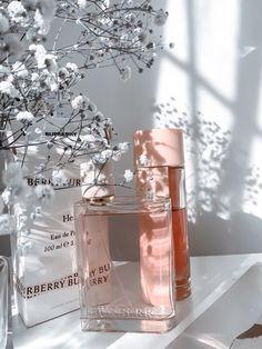 Burberry Perfume, Perfume Bottles, Beauty, Perfume Bottle, Beauty Illustration