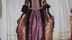 Medieval Hats, Medieval Fashion, Renaissance Dresses, Victorian, Clothes For Women, Outerwear Women