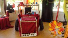 Thea de brandweer, Prins Clausschool