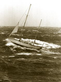 Gypsy Moth IV rounding cape horn with fore-rigged stay sail in heavy seas during Chichester's circumnavigation Nautical Pictures, Honfleur, Classic Yachts, Parasailing, Chichester, Le Havre, Boat Rental, Lake George, Boat Tours