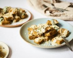 What's so special about this particular gnocchi recipe? It uses nutrient-rich Japanese kabocha squash instead of the typical white potato, and it's completely gluten-free! Gf Pasta Recipe, Potato Gnocchi Recipe, Sweet Potato Gnocchi, Gnocchi Recipes, Easy Vegetarian Lasagna, Tasty Vegetarian Recipes, Paleo, Tomato Salad Recipes, Veggie Recipes