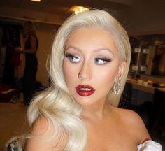 Christina Aguilera looks better than ever