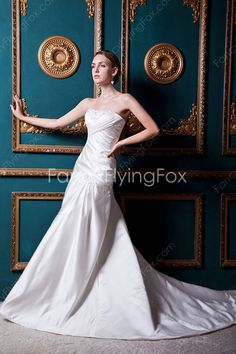 Ivory Satin Strapless Neckline A-line Full Length Wedding Dresses With Ruched Bust