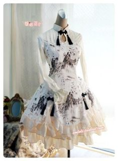 쿠앤크 프릴 드레스