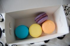Hello, Terri Lowe // Beauty. Food. Fashion: Jubilee Macaroons