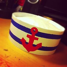 The Daily Jack Jack ♡: DIY Sailor Hat - poster paper & coffee filters Sailor Costume Diy, Sailor Costumes, Sailor Party, Sailor Theme, Nautical Mickey, Nautical Party, Party Fiesta, Hat Tutorial, Hat Crafts