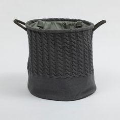 http://www.tranqueirachic.com.br/sala-e-quarto/vasos-e-cachepos/cesto-organizador-trancas